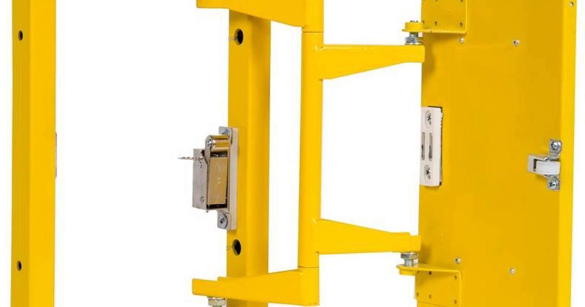 Стальной люк под плитку Практика Формат КН 60-120 купить по цене 5 300 руб.